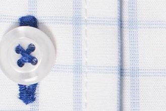 #1348: Knopfloch mit abweichender Garnfarbe (Stoff nicht mehr lieferbar)
